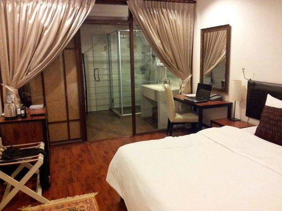 Mandala Boutique Hotel: Deluxe Room