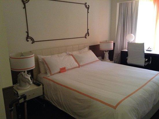 Hotel Vertigo: my room