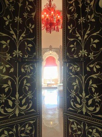 Shiv Niwas Palace: Panoramica di ingresso alla suite
