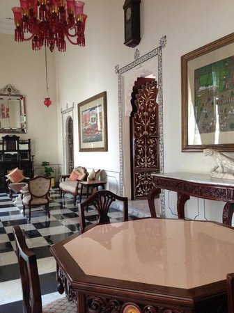 Shiv Niwas Palace: Salone di ingresso della suite
