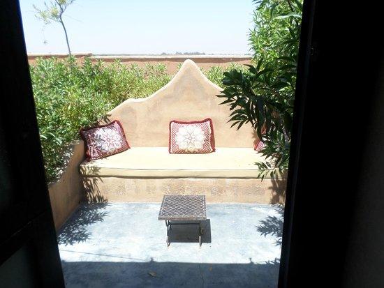 Les Jardins d'Issil: Terrasse de notre tente!
