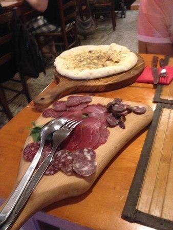 Inn Bufalito Taverna Mediterranea: rosemary focacia and cured Buffalo meats