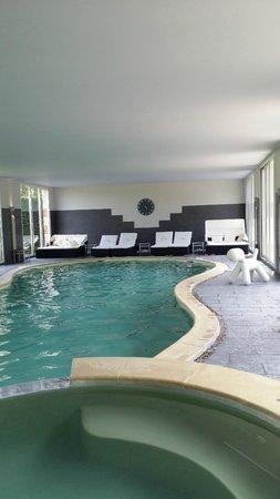 Hôtel Le Manoir de la Poterie & Spa : Piscine