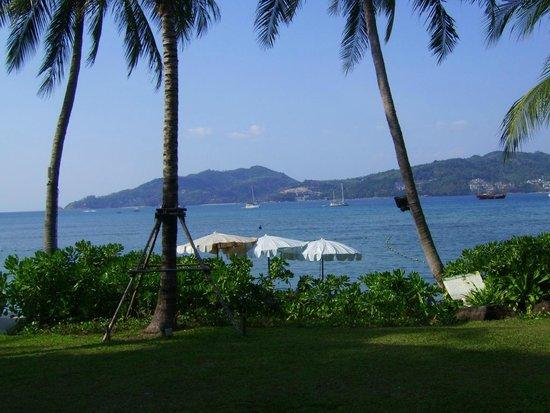 Amari Phuket: out over the beach