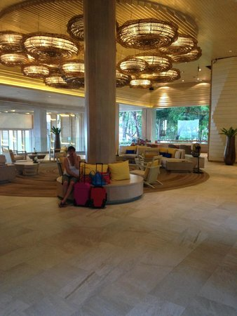 Amari Phuket: lobby area