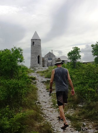 Fernandez Bay Village : Bike ride and hike at Mount Alvernia