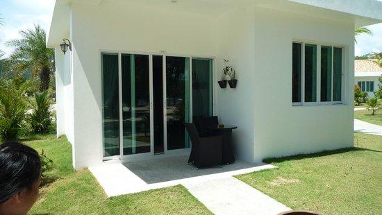 Mango Beach Resort: Beach Front Room