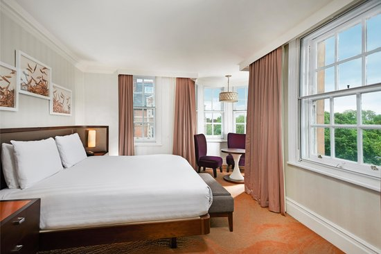 Hilton London Hyde Park: King Deluxe Guest Room