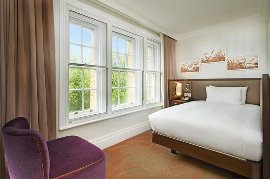 Hilton London Hyde Park: Standard Guest Room