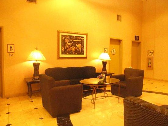 Crowne Plaza Los Angeles - Commerce Casino: lobby