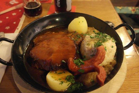 Gasthaus Wilder Mann: Two ways of pork with potatoes, dumpling and sauerkraut.