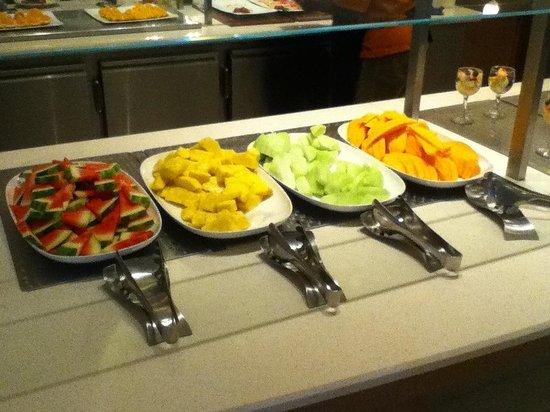 Melia Nassau Beach - All Inclusive: Small part of Huge Breakfast Buffet
