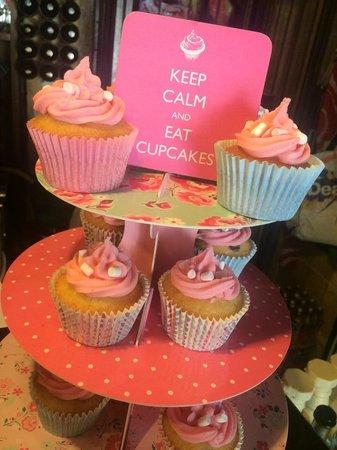 The Clock House: Cupcake heaven!