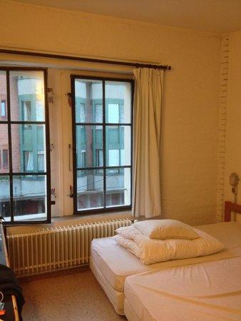 Basel Backpack : Guestroom nr 6