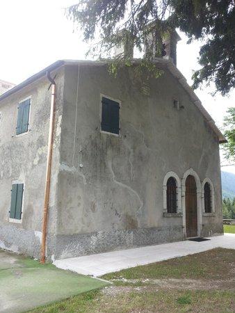 Rifugio Monte Baldo: chiesetta madonna della neve