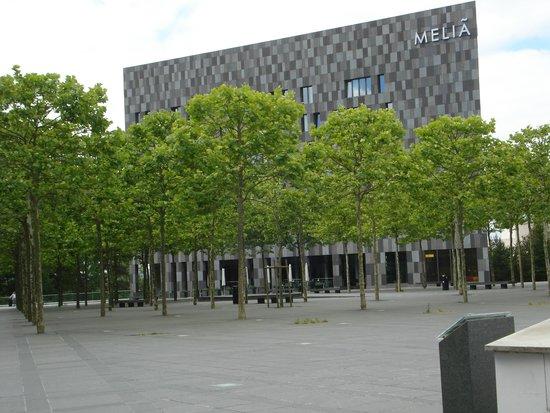 Meliá Luxembourg: Melia aus Richtung Philharmonie