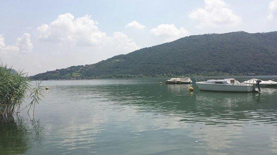 Lago d'Iseo: Sarnico, via Predore (zona circolo velico)