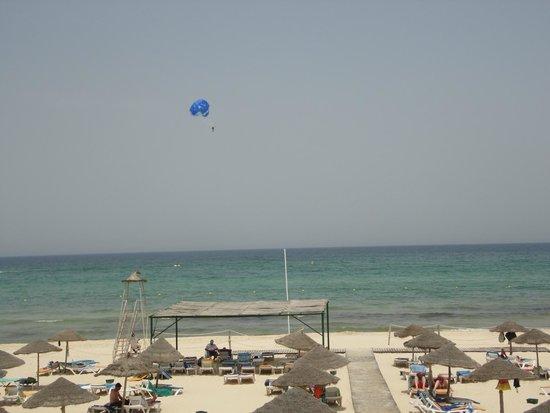 Marhaba Beach Hotel: View from the beach snack bar