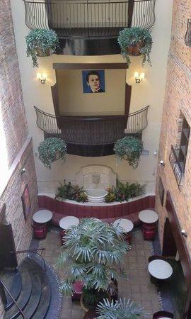 Hotel Nelligan: Lobby bar