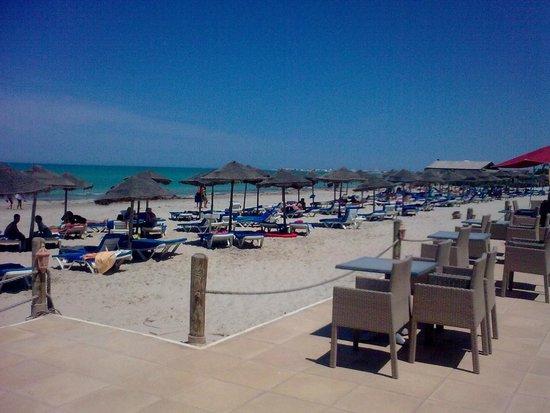 SENTIDO Djerba Beach : beach right