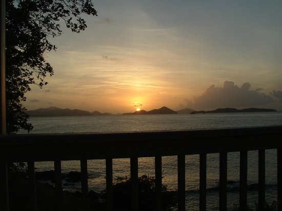 Gallows Point Resort: Sunset from our balcony