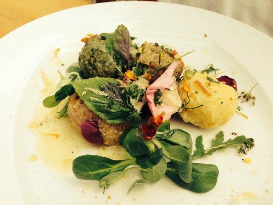 Gostner Schwaige: Herb dumplings with fresh Alp cheese