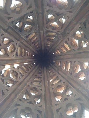 Basler Münster: spire room