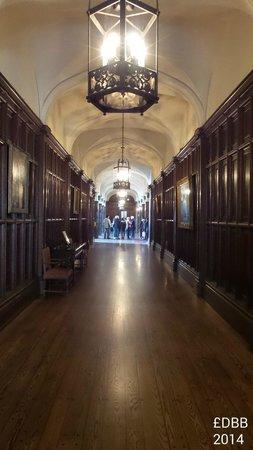 Casa Loma: upper floor hallway