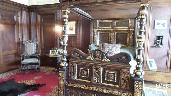 Casa Loma: Sir Henry Pellet's bedroom