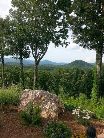 Lucille's Mountain Top Inn & Spa: View