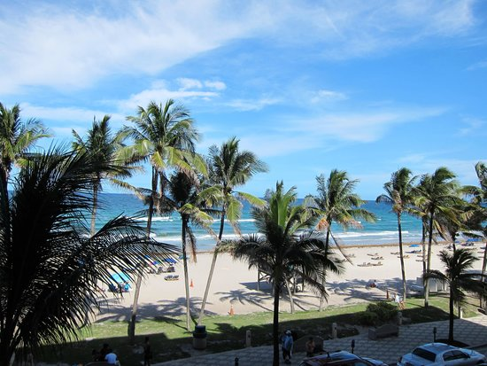 Wyndham Deerfield Beach Resort: view from Room #313