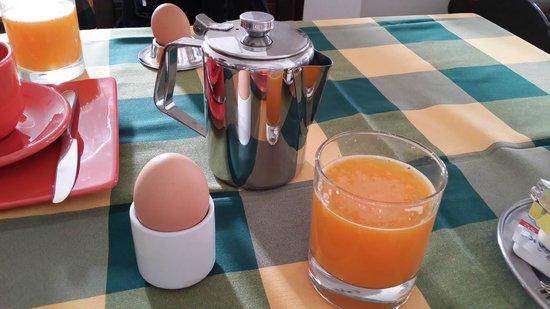 Costa Marina Villas: breakfast