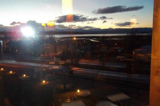 Hotel Mirador del Lago: Atardecer desde el comedor
