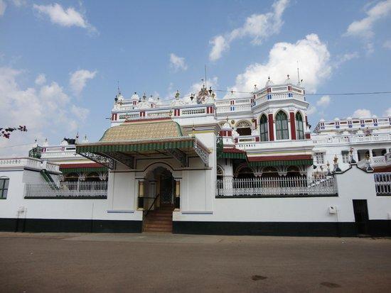 Chettinad: Kannadukathan chettiar Palace.