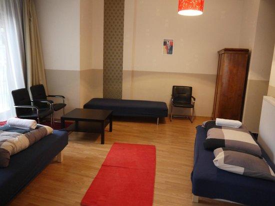 Maverick Hostel: Quadruple room