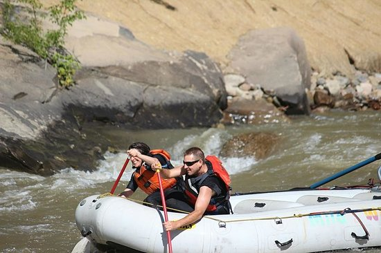 Mild to Wild Rafting and Jeep Trail Tours: Going through Smelter