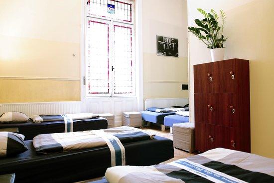 Maverick Hostel : 5 bed dorm