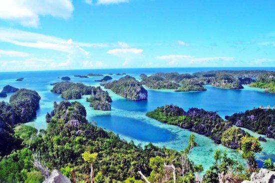 Raja Ampat Islands: Gunung kafiahlilool misool raja ampat