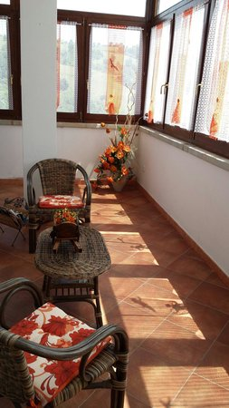 Country House La Contadina : Veranda!