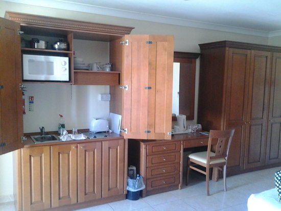 Solana Hotel: Cupboard that makes standard room 'a junior suite'