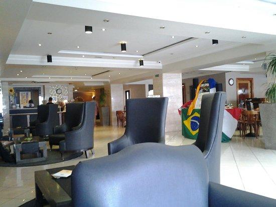 Solana Hotel: Hotel Reception area