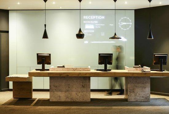 Ibis Portsmouth Centre : Reception
