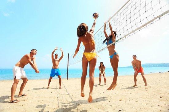Marina del Marchese Beach Resort: attività