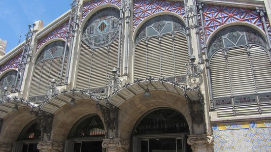 Plaza del Mercado (Plaça del Mercat): fachada