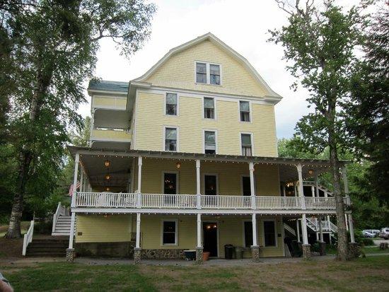 The Woods Inn: The hotel