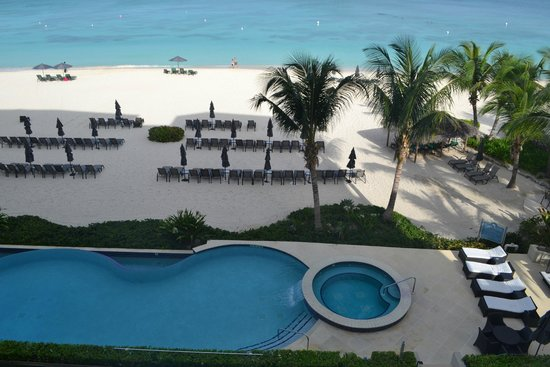 Beachcomber Grand Cayman : View from room