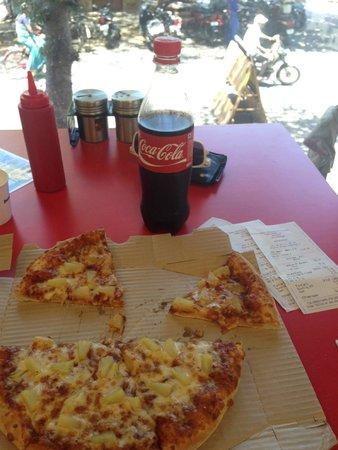 Domino's Pizza: Delicious.