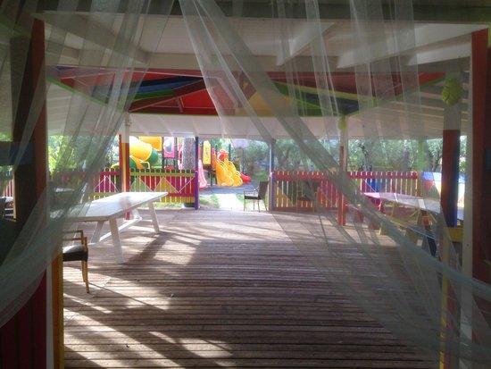 Oleandri Resort Paestum - Hotel Residence Villaggio Club: I giochi per bambini sono una salvezza per chi cerca un po' di relax