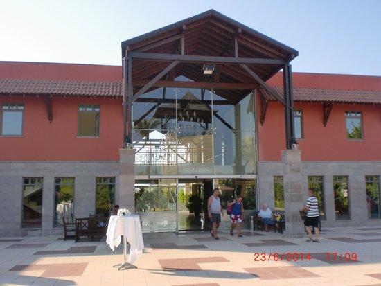 Felicia Village: halle de l'hotel