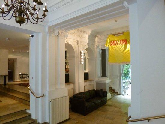 Hotel KUNSThof: hall